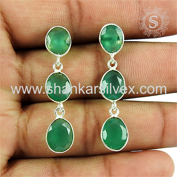 Charming green onyx gemstone dangle earring 925 sterling silver jewelry exporter