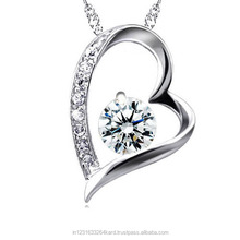 Gifting Purpose Light Weight Low cost 18k Diamond Gold Pendant