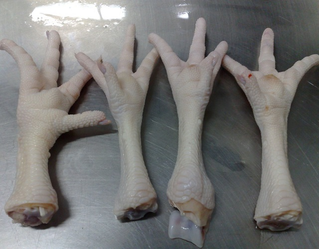 Frozen Chicken Feet in Austria