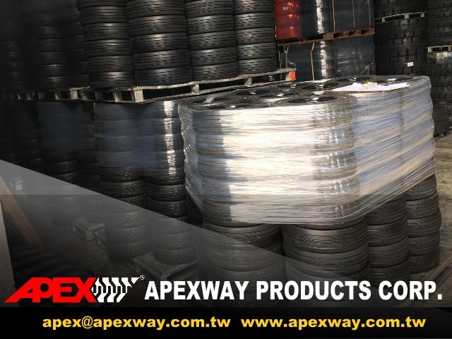 APEX_Airport_GSE_Tire01