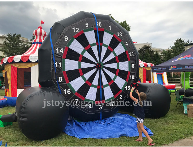 Outdoor Party Carnival Games Football Target Golf Darts Giant Inflatable Soccer Kick Foot Dart Board Game for Sale
