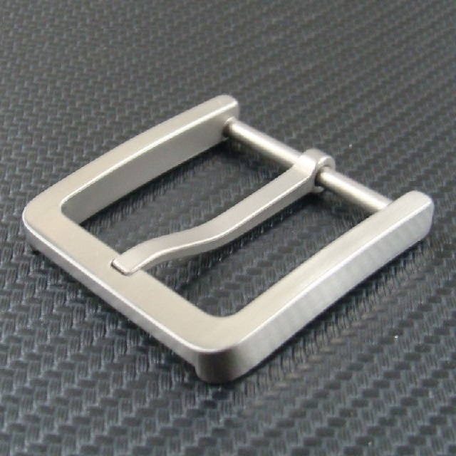 Pure titanium belt buckle Day buckle Hypoallergenic Ultra light Corrosion
