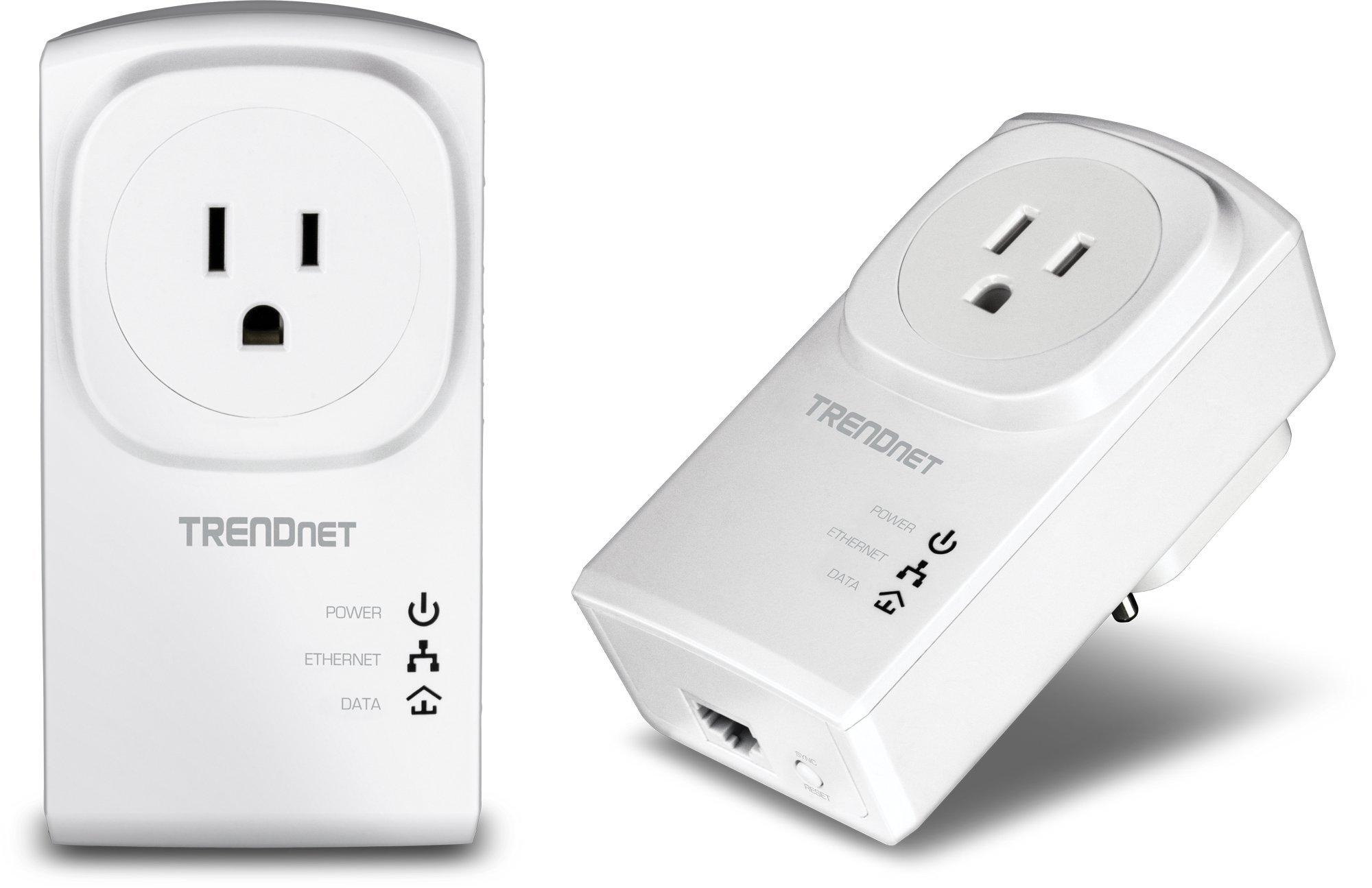 TRENDnet Powerline 200 AV Adapter Kit with Built-In Outlet TPL-307E2K