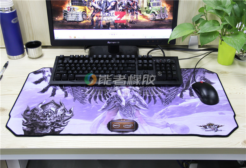 E-sport Gamer Mat with Oversize Custom Large Anime