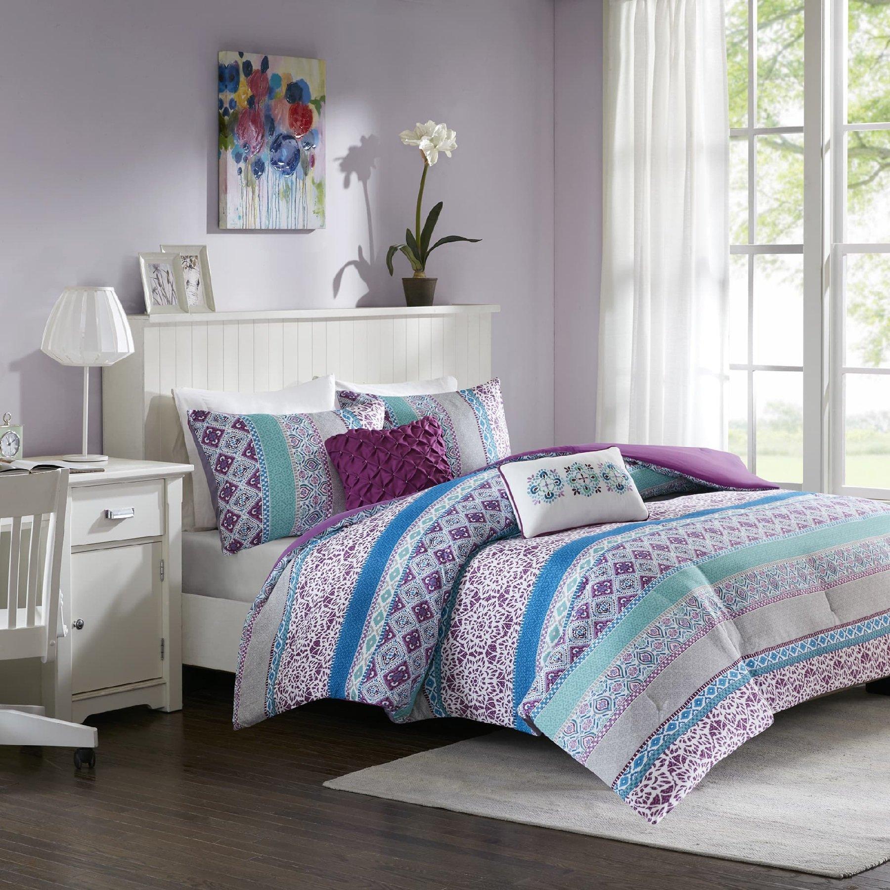 nude-teen-girl-comforters