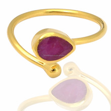 Ruby Dyed 5 * 7 mm Faceted Gemstone Adjustable 925 Sterling Silver Gold Plated Rings Jewelry