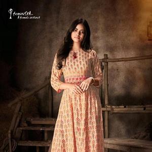 048b24ca0 Pakistani Dresses Frock Style