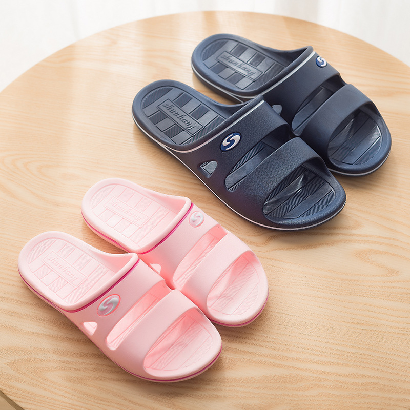 Factory direct couple home <strong>slippers</strong>, men and women hotel indoor <strong>slippers</strong>, summer soft bottom bathroom plastic <strong>slippers</strong>