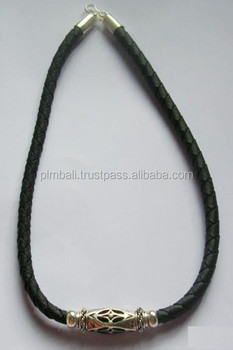 N027-leather necklace with beads