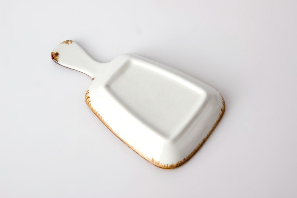 product-high quality color glaze hotel restaurant irregular plate dish with handle-Two Eight-img