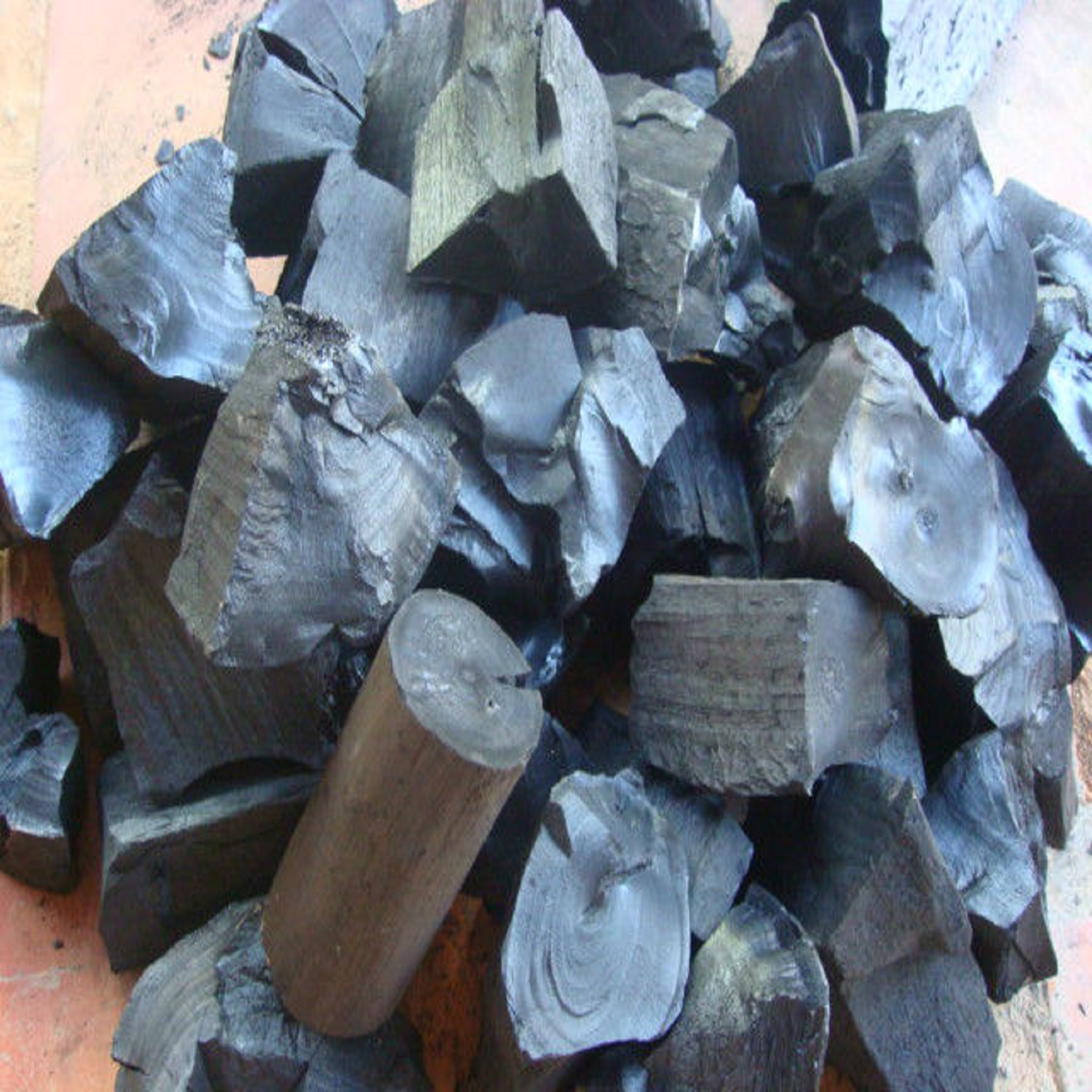 Cheap price Round shape coconut shell charcoal price for sale
