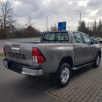 4WD 2016 Hilux Pickup 4x4 2.5 LT Manual DC diesel engine and petrol engine