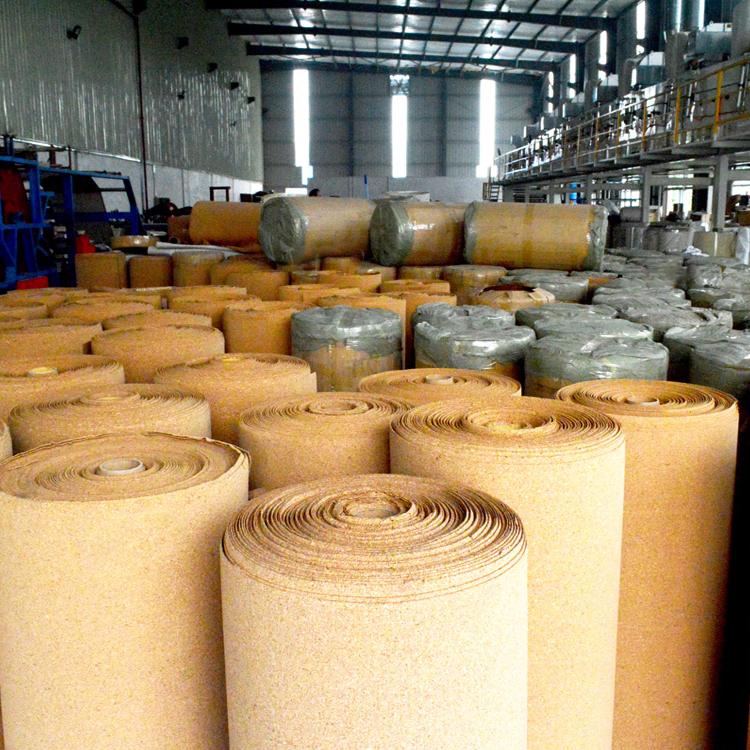 טבעי פקק סליל עבור פקק רפידות זכוכית הלם הוכחה אריזה מסין מפעל ישירות לספק