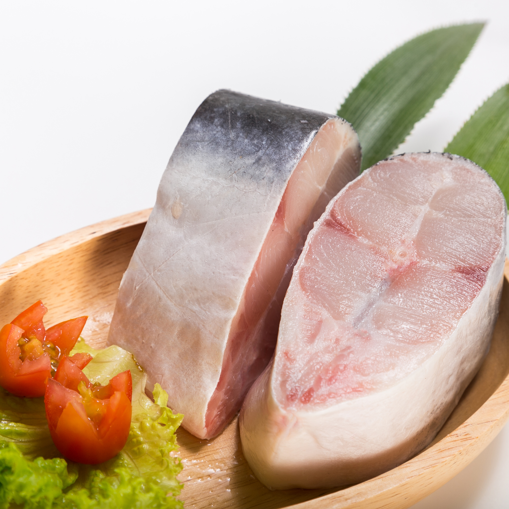 Super quality organic feature good price Pangasius Steak Frozen Fish with tail from Vietnam Company